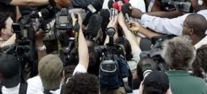 Meute_journalistes